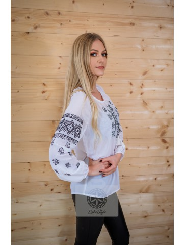 bluzka haftowana plus size