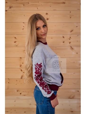 bluza haftowana w kwiaty