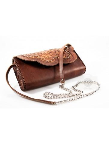 Skórzana torebka brązowa z łańcuszkem