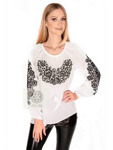 biała bluzka haftowana biała