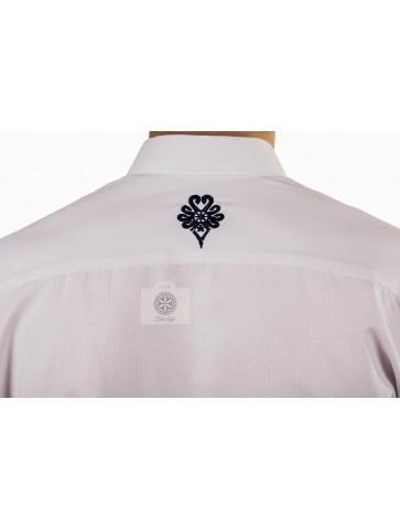 koszula z parzenicami na plecach