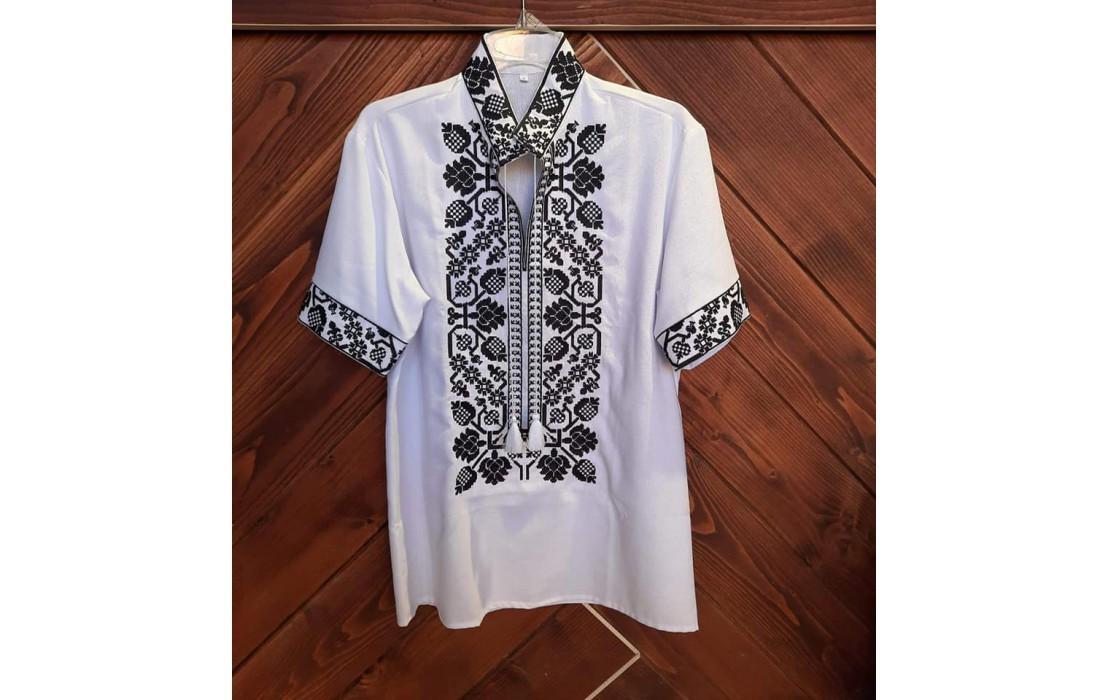 Koszule męskie – nowe trendy na wiosnę. Sprawdź!